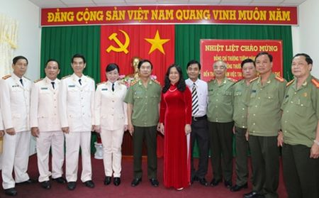 Thu truong Thuong truc Dang Van Hieu lam viec voi Canh sat PCCC TP.Can Tho - Anh 3