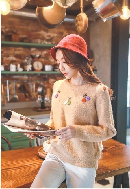 Mau ao len hoa tiet sang chanh cho nang den cong so dau Xuan - Anh 7