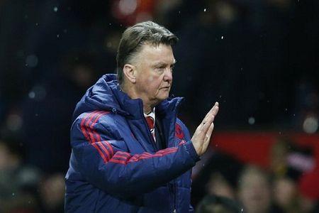 Du am M.U 3-0 Stoke: Khi Van Gaal tu bo kiem soat bong - Anh 1