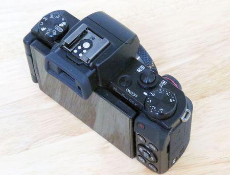 PowerShot G5 X: may anh chup selfie, tu dang Facebook nhu smartphone - Anh 5