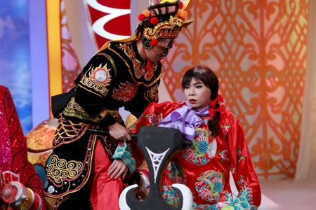'Dung khoac cho Tao quan chiec ao qua rong' - Anh 3