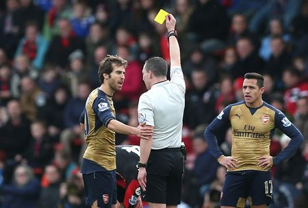 Oezil no sung, Arsenal lay ba diem trong 2 phut - Anh 4