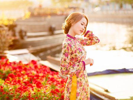 Hot girl Nhung Gumiho ruc ro khoe sac xuan - Anh 2