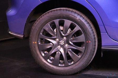 Hatchback gia re Suzuki Baleno sap co ban the thao RS - Anh 5