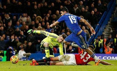 M.U danh roi 3 diem o phut chot truoc Chelsea - Anh 4
