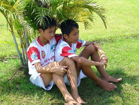 Anh doc 3 chang ngu lam HAGL: Cong Phuong, khoi dau tu cu thiet dau cong - Anh 3