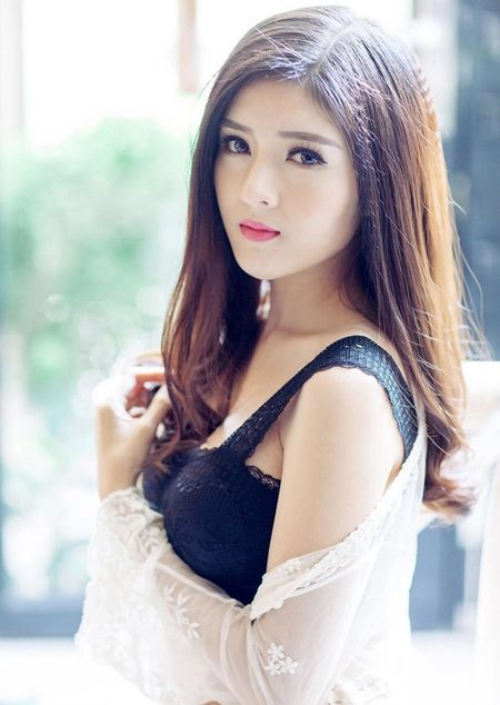 Nhung quy co xinh dep tuoi Than chua chong cua showbiz - Anh 14