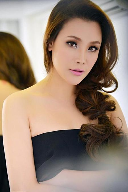 Nhung quy co xinh dep tuoi Than chua chong cua showbiz - Anh 1