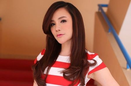 Nhung quy co xinh dep tuoi Than chua chong cua showbiz - Anh 3