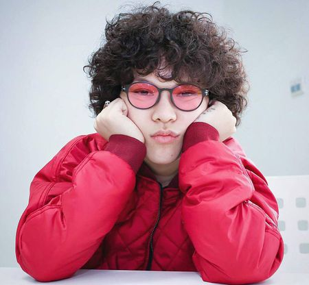 Mot kinh ram mau trong Han Quoc sot khong kem kinh mat guong - Anh 3