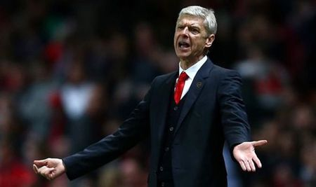HLV Arsenal: 'Hay trao ngay chuc vo dich cho Leicester' - Anh 1