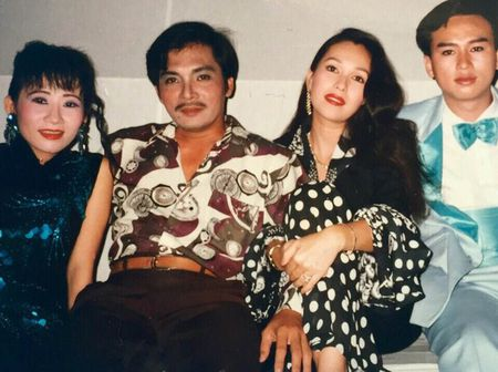 Thuong Tin: Phan doi ky la va chuyen song chung 12 nguoi phu nu - Anh 2