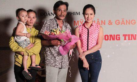 Thuong Tin: Phan doi ky la va chuyen song chung 12 nguoi phu nu - Anh 3