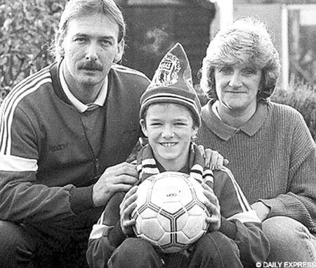 David Beckham va con duong toi Old Traford - Anh 1