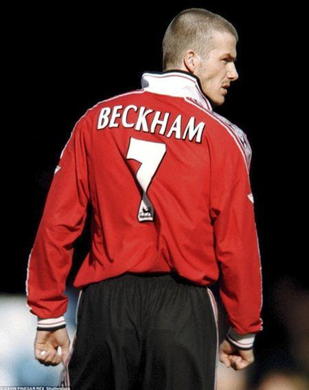 David Beckham va con duong toi Old Traford - Anh 2