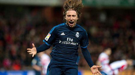 """Modric - Nguoi gieo su song cho """"Zidane Madrid"""" - Anh 1"""