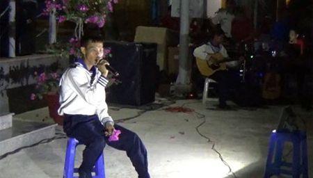 Linh Truong Sa hat hay nhu Son Tung M-TP - Anh 1