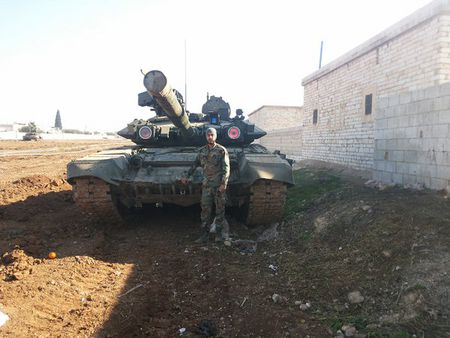 Video can canh tang T90 xung tran o Aleppo, Syria - Anh 1