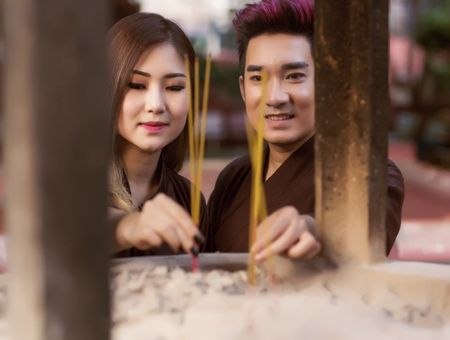Quang Ha,Huong Tram mac ao nau song di le chua dau nam - Anh 2