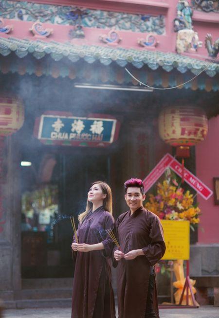 Quang Ha,Huong Tram mac ao nau song di le chua dau nam - Anh 4