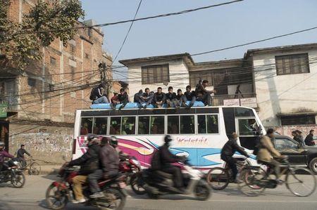 Bi quyet leo nui an toan va vui ve o Nepal - Anh 6