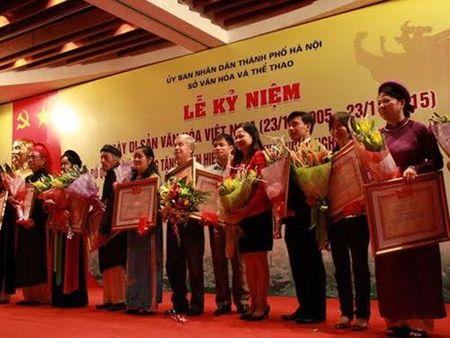 Bau vat nhan van song lan dau duoc vinh danh - Anh 1