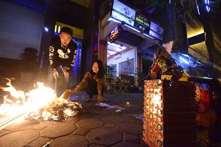 Nguoi dan han hoan chao nam Binh Than - Anh 8