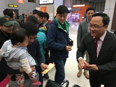 Lanh dao Bo GTVT tien hanh khach cuoi cung cua nam At Mui - Anh 4