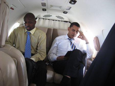 """Ong Obama """"tuc dien"""" Tong thong Nga, im lang den ron nguoi - Anh 2"""