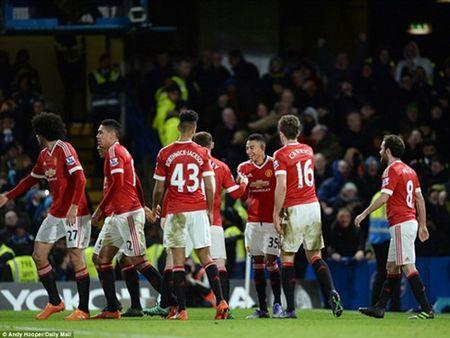 """Diego Costa ghi ban phut cuoi, Chelsea chia diem """"nghet tho"""" cung MU - Anh 4"""
