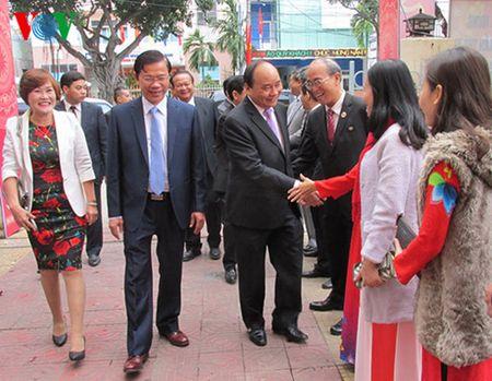 Pho Thu tuong Nguyen Xuan Phuc chuc Tet mot so don vi tai Da Nang - Anh 2
