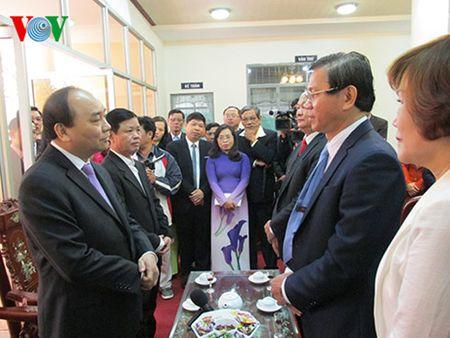 Pho Thu tuong Nguyen Xuan Phuc chuc Tet mot so don vi tai Da Nang - Anh 3