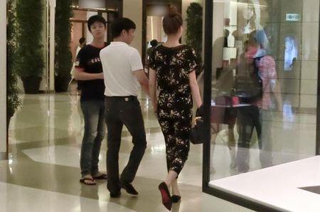 """Dai gia kim cuong"" vi pham luat Hon nhan va Gia dinh, Ha Ho dang len an - Anh 1"