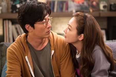 """Minh 'thich' nhau di"": Mang la ao, tinh la that - Anh 3"