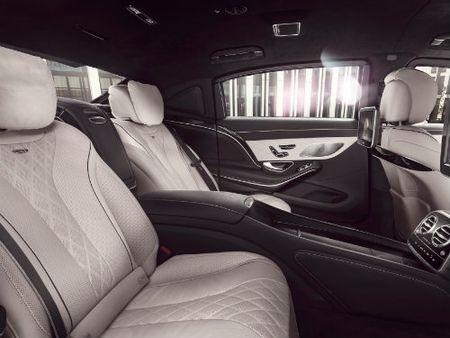 Mercedes-Maybach S600 Guard len cap chong dan, gia hon 11 ty dong - Anh 3