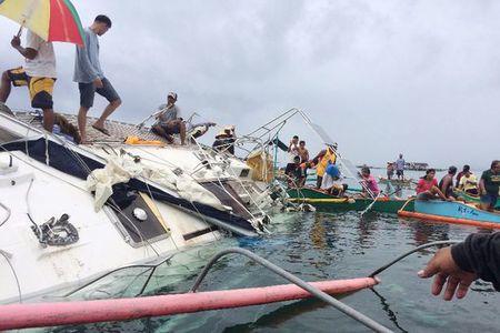 "Philippines: Phat hien xac chet ngoi trong ""thuyen ma"" - Anh 2"