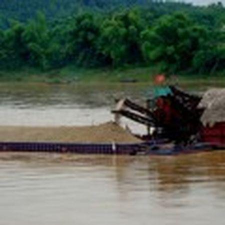 Quang Ngai: Tang cuong kiem tra khai thac khoang san - Anh 13