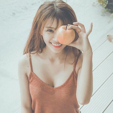 Mat that cua hot girl ban xuc xich, ban gai Phan Manh Quynh - Anh 5