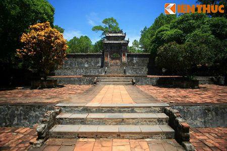 Ngam loat lang mo hoanh trang cua phu nu hoang toc Nguyen - Anh 4