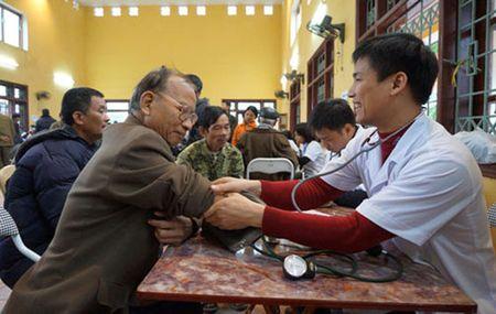 Thu tuc hanh chinh - 'rao can' chinh sach voi nan nhan chat doc da cam - Anh 1