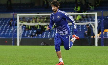 HLV Hiddink dung Pato, de Costa nghi ngoi - Anh 1