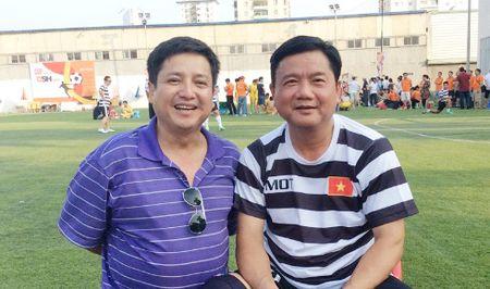 Chi Trung 'xuat khau thanh tho' khi hoi ngo ban than Dinh La Thang - Anh 2