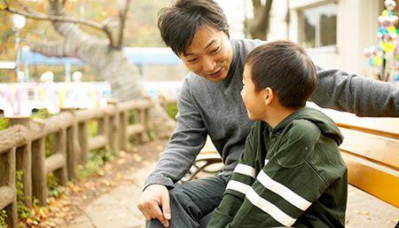 8 hanh dong hai con ma bo me lam tuong la yeu con - Anh 3