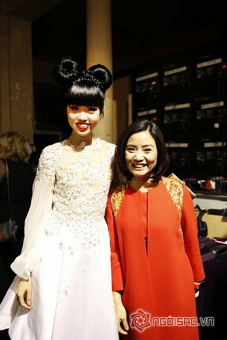 Jessica Minh Anh ngoi hang VIP tai Paris Fashion Week - Anh 5