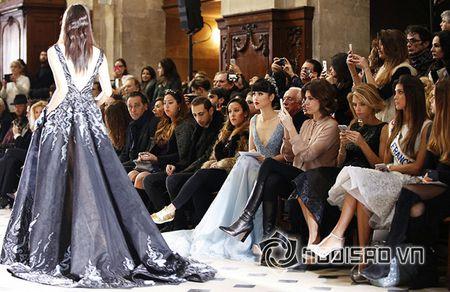 Jessica Minh Anh ngoi hang VIP tai Paris Fashion Week - Anh 8