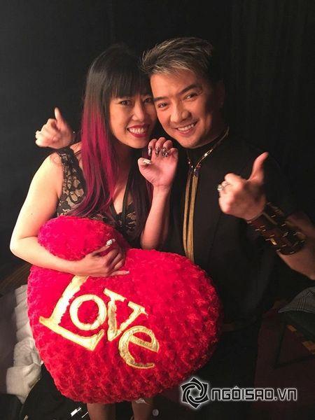 Dam Vinh Hung 'choang' vi cach the hien cua fans cuong - Anh 7