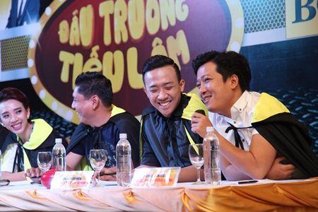 Tran Thanh bi 'len an' khong co tam khi tinh thu lao kem cap hoc tro - Anh 3