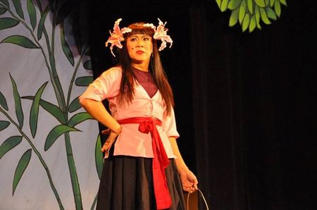 NSUT Thanh Loc ke chuyen 'khong the giai thich noi' trong gia dinh - Anh 2