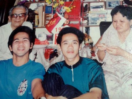 NSUT Thanh Loc ke chuyen 'khong the giai thich noi' trong gia dinh - Anh 6