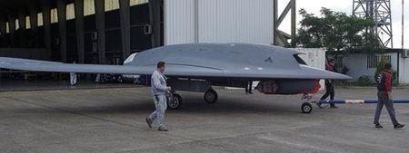 Kham pha suc manh UAV tan cong Neuron cua chau Au - Anh 1